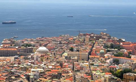 Απαγόρευση κυκλοφορίας λόγω ατμοσφαιρικής ρύπανσης και στη Νάπολη