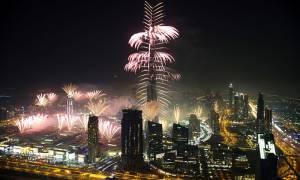 Η φαντασμαγορική Πρωτοχρονιά του Ντουμπάι (Vid)