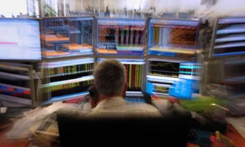 Γιατί οι χρηματιστές της Wall Street πηγαίνουν σε... στριπ κλαμπ