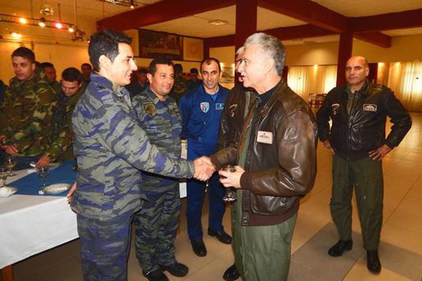 Επίσκεψη Αρχηγού ΤΑ στην 130Μ και στην 135ΣΜ (pics)