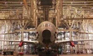 Θα ταξιδέψετε με αεροπλάνο; Δείτε πώς τσεκάρουν την αντοχή τους… (vid)