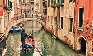 Πνίγεται στα χρέη η Βενετία
