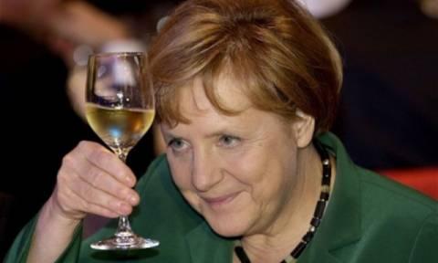 Το μεγάλο στοίχημα της Μέρκελ για το 2016 είναι η αντιμετώπιση της ελληνικής κρίσης!