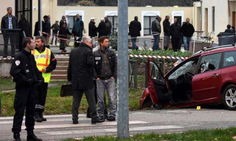 Νέα στοιχεία για την επίθεση έξω από τέμενος της Βαλάνς