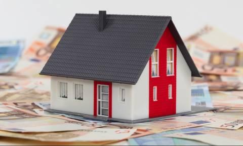 Κόκκινα δάνεια: Τελεσίγραφα – αγχόνη προς τους δανειολήπτες από τις Τράπεζες