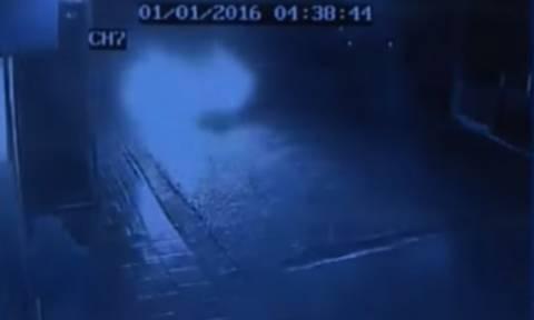 Βίντεο - ντοκουμέντο από κάμερα ασφαλείας: Η τελευταία εικόνα των δύο νεαρών στο Μεσολόγγι