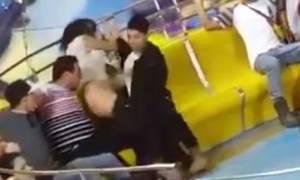 Γι΄αυτό πρέπει να φοράς εσώρουχα στο λούνα παρκ: Έμεινε γυμνή στο… ταψί! (video)