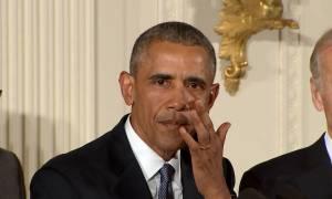 Τα δάκρυα του Ομπάμα για τα παιδιά που σκοτώνονται από όπλα (pic+vid)