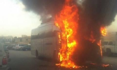 Σ. Αραβία: Ένοπλοι πυρπόλησαν λεωφορείο