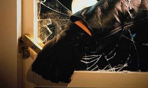 Ηράκλειο: Στα χέρια της αστυνομίας κλέφτης που είχε «ρημάξει» σπίτια και καταστήματα