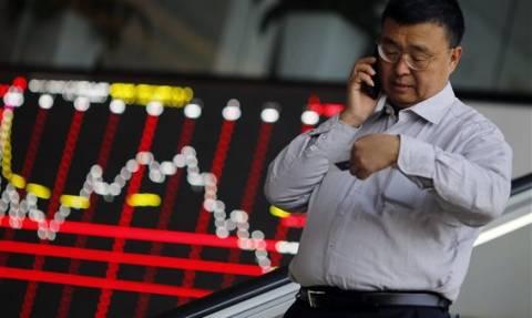 Η μεγαλύτερη ιστορικά ετήσια πτώση συναλλαγματικών διαθεσίμων στην Κίνα