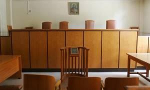 Δίωρες στάσεις εργασίας προκήρυξαν οι δικαστικοί υπάλληλοι από 11 έως 15 Ιανουαρίου