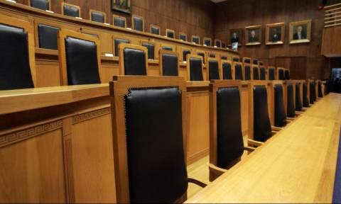 Ποινική δίωξη κατά παντός υπευθύνου για τον θάνατο του βαρυποινίτη Ιλία Καρέλι