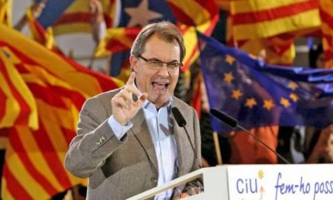 Καταλονία: Ο Αρτούς Μας αποσύρει την υποψηφιότητά του