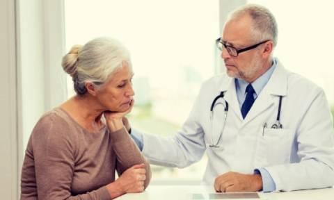 Γεροντική κατάθλιψη: Ο απρόσμενος παράγοντας που μειώνει τον κίνδυνο για τις γυναίκες