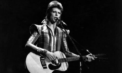 Ιστορικό στιγμιότυπο - Όταν ο David Bowie συνάντησε την Μελίνα Μερκούρη (photo)