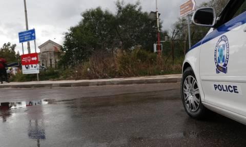 Σύλληψη οδηγού φορτηγού που μετέφερε 123 πρόσφυγες