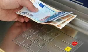 Capital Controls: Δείτε τι ισχύει για μετρητά, κάρτες και επιταγές