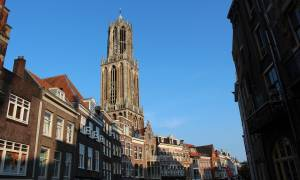 Ολλανδία: Οι καμπάνες εκκλησίας χτυπούν στους ρυθμούς του «Space Oddity» (vid)