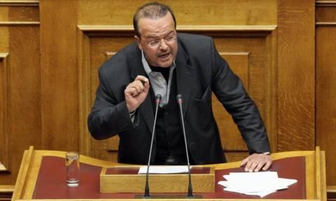 Απίστευτο: Βουλευτής του ΣΥΡΙΖΑ ζητά να επιβληθούν δίδακτρα στα δημόσια σχολεία!!!