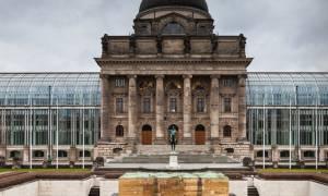 Μεγαλύτερο δημοσιονομικό πλεόνασμα το 2015 στη Γερμανία