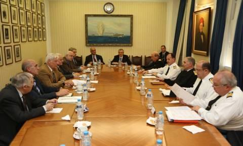 Συνάντηση Αρχηγού ΓΕΝ με το Δ.Σ της Ένωσης Αποστράτων Αξιωματικών Ναυτικού (pics)