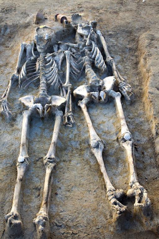 Συγκλονιστικά ευρήματα στο Δέλτα Φαλήρου: Έμειναν ζευγάρι για 27 αιώνες!