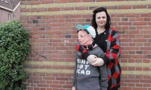Τι έκανε μια μαμά, όταν της είπε ο γιος της ότι δεν θέλει να τον αγκαλιάζει πια! (pics)