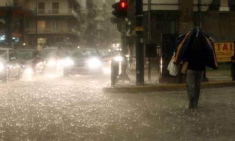 «Χαλάει» ο καιρός το Σαββατοκύριακο - Έρχονται βροχές, καταιγίδες και χιόνια