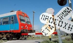 Θανατηφόρο τροχαίο στην Λάρισα - Τρένο παρέσυρε Ι.Χ.
