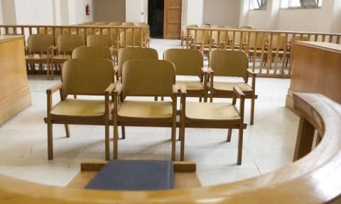 Μέχρι τις 22 Ιανουαρίου συνεχίζουν την αποχή τους οι δικηγόροι