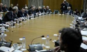 Οργή Τσίπρα με τους υπουργούς - Τον... έστησαν μισή ώρα!