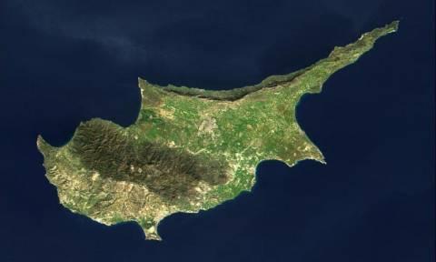 Επανένωση της Κύπρου εντός του 2016 βλέπει ο Ζαν-Κλοντ Γιούνκερ