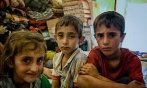 Συρία: Πεθαίνουν από την πείνα-Κινητή ιατρική μονάδα στη Μαντάγια