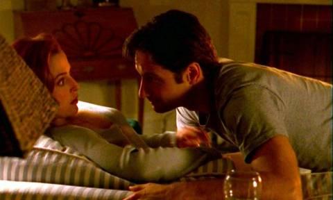 Δείτε τον Μόλντερ και τη Σκάλι από το X-Files να κάνουν επιτέλους σεξ! (video)