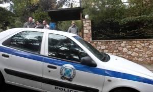 Επίθεση αντιεξουσιαστών σε περιπολικό στα Εξάρχεια