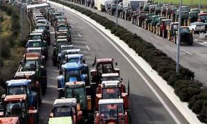 Λάρισα: Κλιμακώνονται οι κινητοποιήσεις των αγροτών - Στήνουν μπλόκο στα Τέμπη