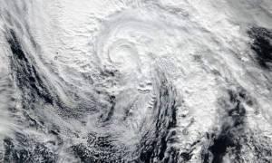 Κακοκαιρία: Πώς θα επηρεάσει τον καιρό σε Ευρώπη και Ελλάδα ο τυφώνας Άλεξ