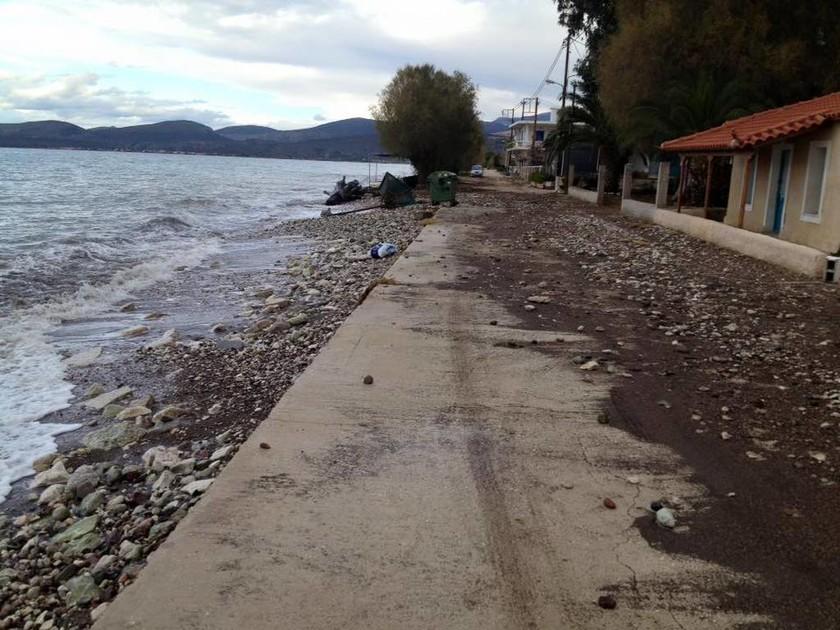 Κακοκαιρία - Ίρια Αργολίδας: Η θάλασσα μπήκε στα σπίτια! (pics)
