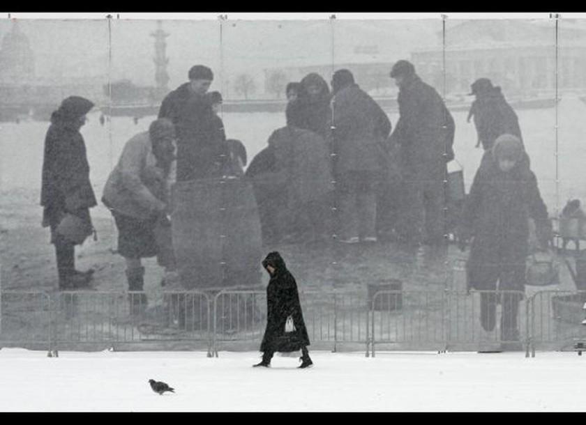 Οι Ρώσοι αναπαριστούν την αντιναζιστική μάχη του Λένινγκραντ (Pics & Vid)