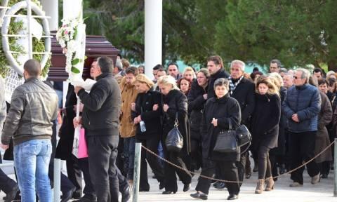 Θλίψη, οργή και θρήνος στο τελευταίο αντίο της Ανθής Λινάρδου