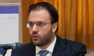 Θεοχαρόπουλος: Κυβέρνηση και ΣΥΡΙΖΑ προχωρούν στο στήσιμο ενός κομματικού κράτους