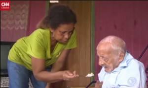 Αυτός είναι ο γηραιότερος άνθρωπος στον κόσμο! (video)