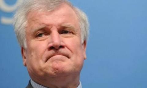 Κατέρρευσε ο αρχηγός του γερμανικού CSU Ζεεχόφερ