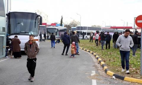 Ειδομένη: Κλειστή κρατούν τα Σκόπια για δεύτερη ημέρα την ουδέτερη ζώνη