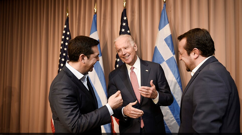 Με τον αντιπρόεδρο των ΗΠΑ Τζο Μπάιντεν ξεκίνησε τις επαφές του ο Τσίπρας στο Νταβός (pics)