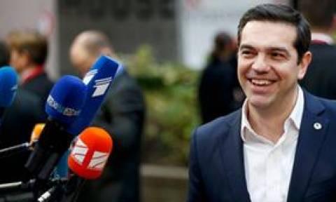 Handelsblatt: Ο Τσίπρας είτε δεν θέλει είτε είναι ανίκανος να φυλάξει τα ευρωπαϊκά σύνορα