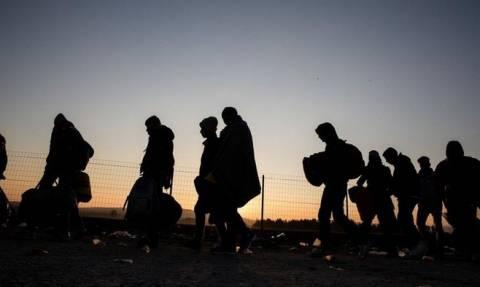 Κλειστή παραμένει η ουδέτερη ζώνη στα Σκόπια για τους πρόσφυγες - Άγνωστο πότε θα ανοίξει