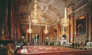 Εντυπωσιακές εικόνες: Δείτε πώς είναι το σπίτι της Βασίλισσας Ελισάβετ (pics+vid)
