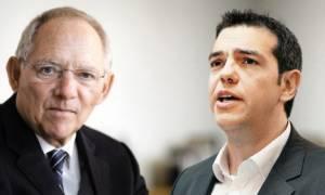 Νταβός - Σόιμπλε προς Τσίπρα: Οι συμφωνίες πρέπει να γίνονται σεβαστές και να τηρούνται!